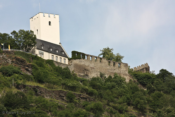 Burg Liebenstein with barrier wall