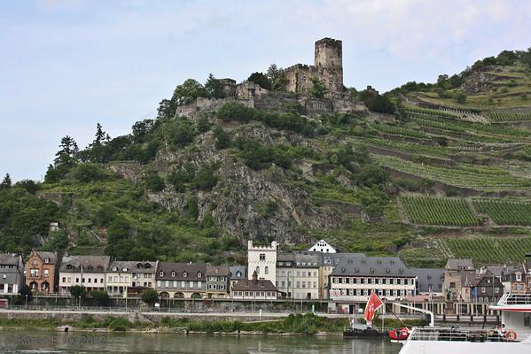 Burg Gutenfels, above Kaub