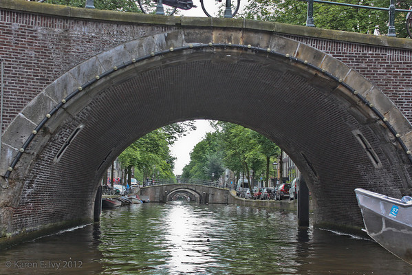 Receding canal bridges