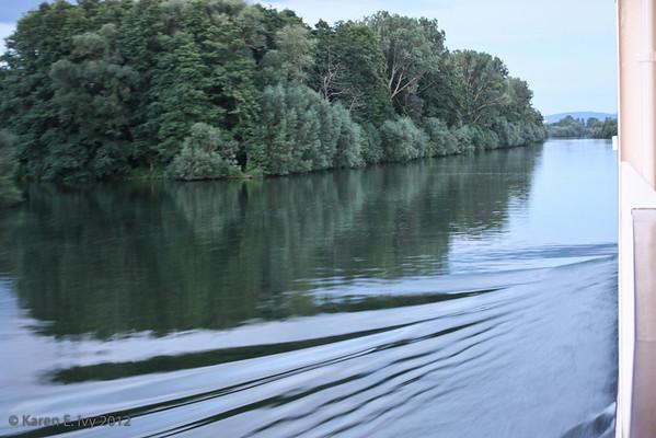 Along the Main-Donau Kanal