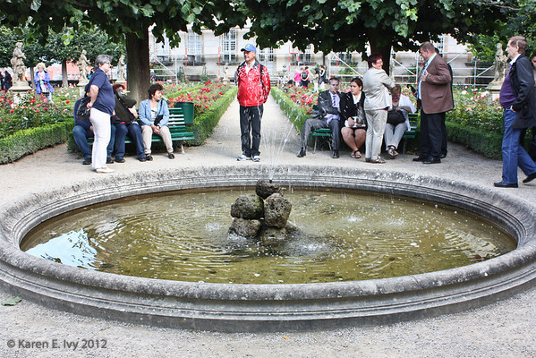 Fountain in the Dom gardens