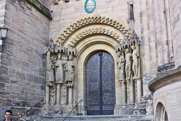 Bamberg Com, Adam Portal