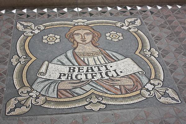 Great St. Martin tile floor