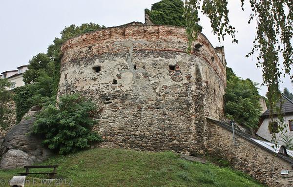 Duernstein town wall
