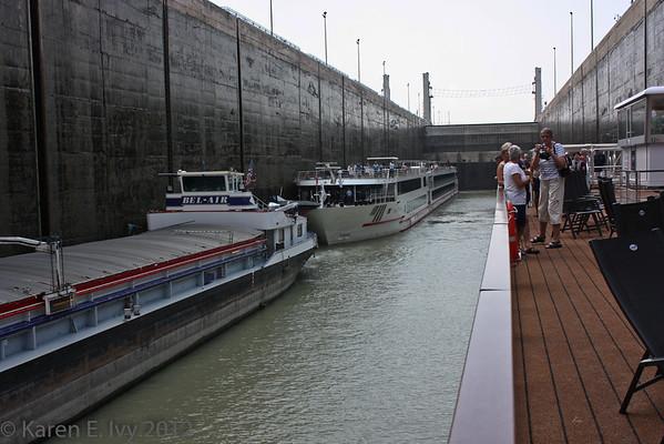 Multiple boats in the Gabčíkovo Dam lock - Embla is on the right