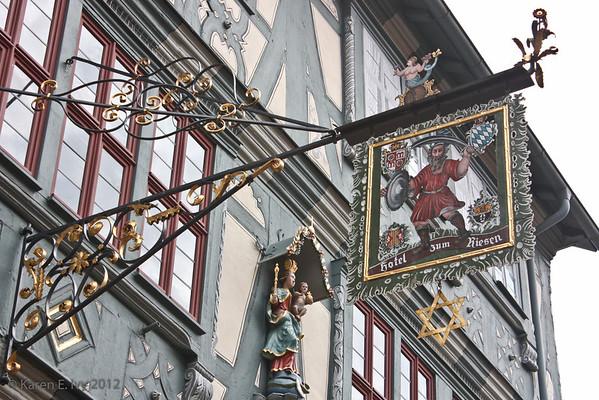 Hotel zum Riesen sign