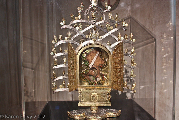 Reliquary with scapula of St. Leonard