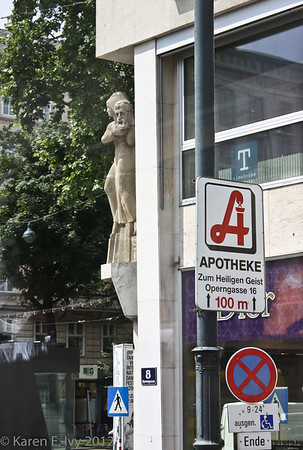 Apotheke with statue